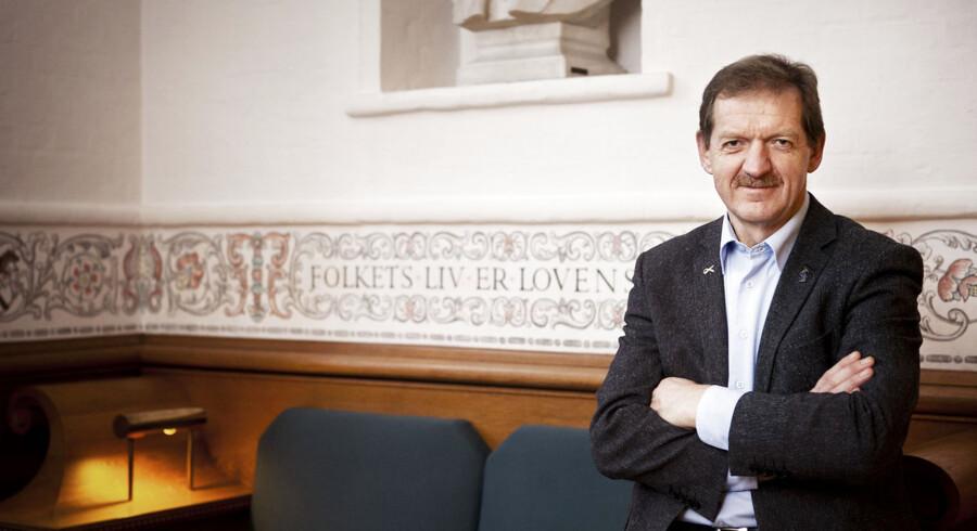Selv om folketingsmedlem Bjarne Laustsen (S) kalder regeringens akutpakke for godt politisk håndværk, tvivler han på, at den virker.