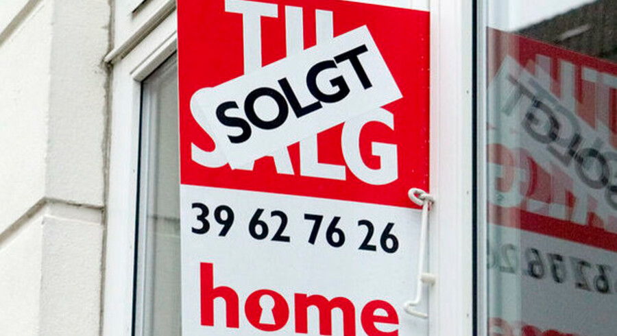 Det lysner en anelse for boligsælgerne: Det tager nu kortere tid at komme af med lejligheder og sommerhuse.