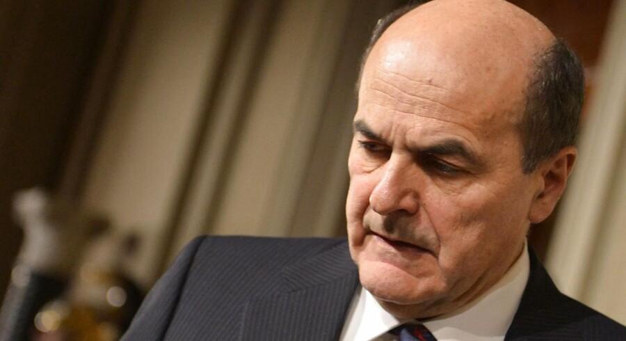 Pier Luigi Bersani har opgivet at danne regering i Italien