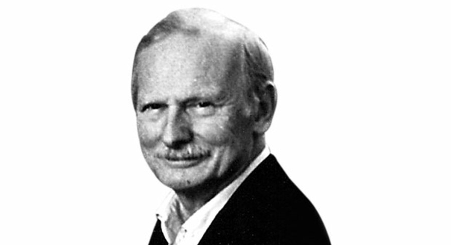 Robert Ellis, Kommentator