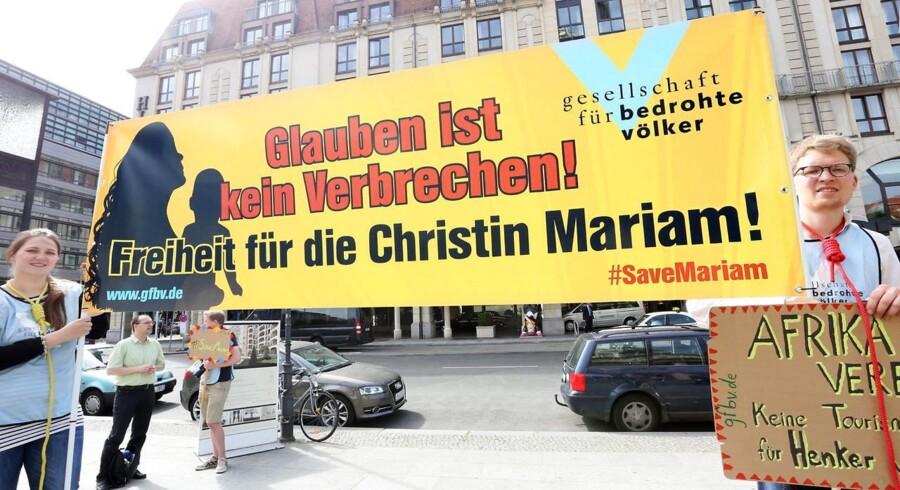 Kvindens sag har tiltrukket sig opmærksomhed verden over - her er vi i Tyskland.