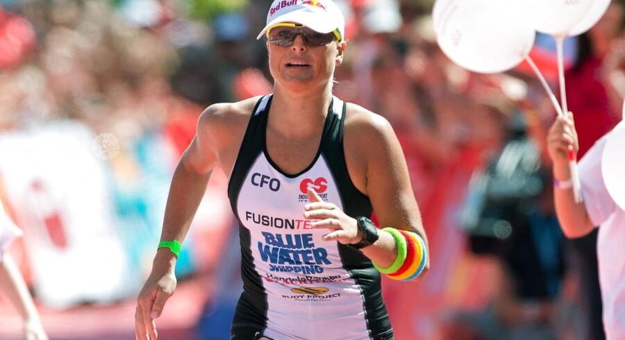 Camilla Pedersen vandt søndag karrierens første VM-titel i langdistance-triatlon.