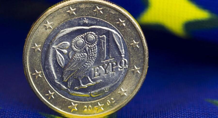 Den langstrakte uro omkring Europas økonomi har sendt danskernes holdning til euroen helt i bund.