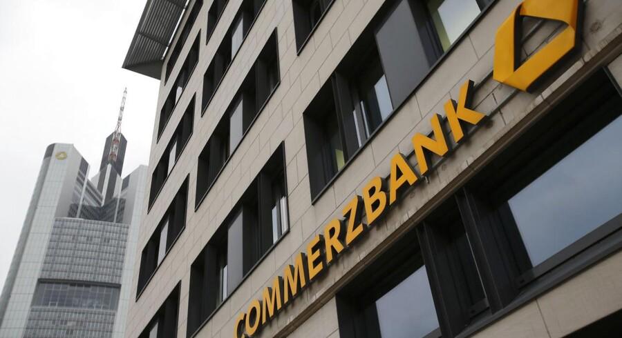 Commerzbanks regnskab viste et underskud på 716 mio. euro.