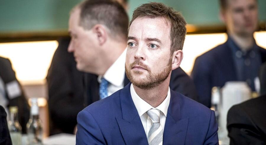 I maj trådte Lunde Larsen tilbage som miljø- og fødevareminister, men sagde dengang, at han ville fortsætter i Folketinget til næste valg. (Foto: Mads Claus Rasmussen/Ritzau Scanpix)
