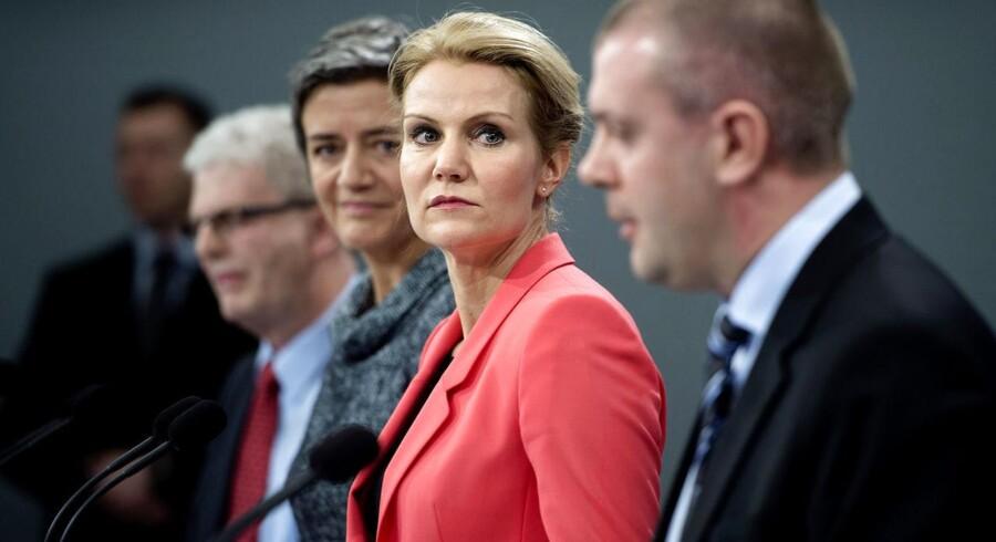 Statsminister Helle Thorning-Schmidt, økonomi- og indenrigsminister Margrethe Vestager, finansminister Bjarne Corydon og skatteminister Holger K. Nielsen præsenterede udspillet Vækstplan DK på et pressemøde i Statsministeriet i går.