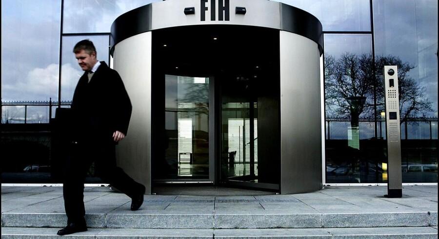 EU-Kommissionen sætter alvorlige spørgsmålstegn overflytningen af nødlidende lån fra FIH til Finansiel Stabilitet.