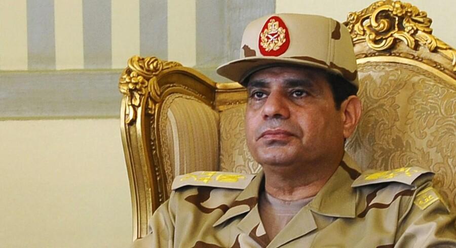 Egyptens hærchef, Abdel Fattah al-Sisi siger, at »der skal være plads til alle i Egypten, men at landet ikke skal ødelægges«