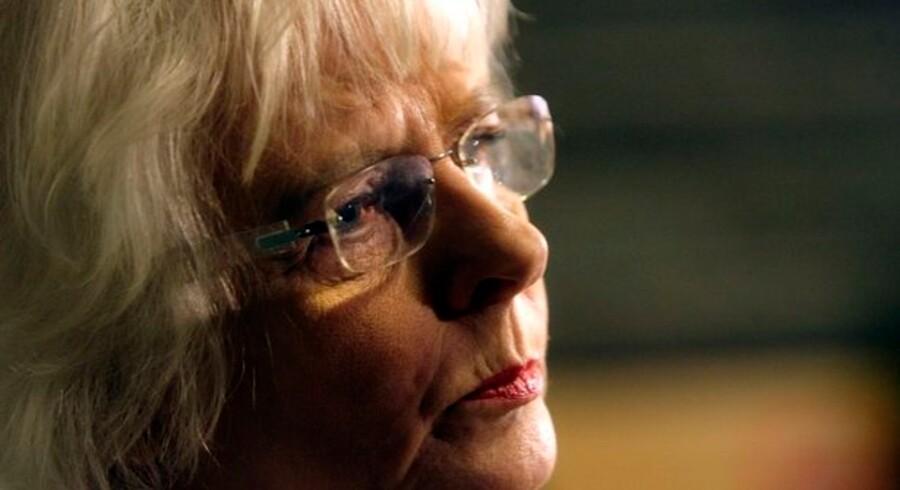 Statsministerposten ventes at blive overdraget til socialminister Johanna Sigurdardottir.