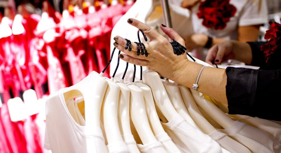 H&M lancerer næste forår et nyt tøjmærke - angiveligt i stil med COS, der er lidt dyrere end H&M og som stiler efter de lidt ældre kunder.
