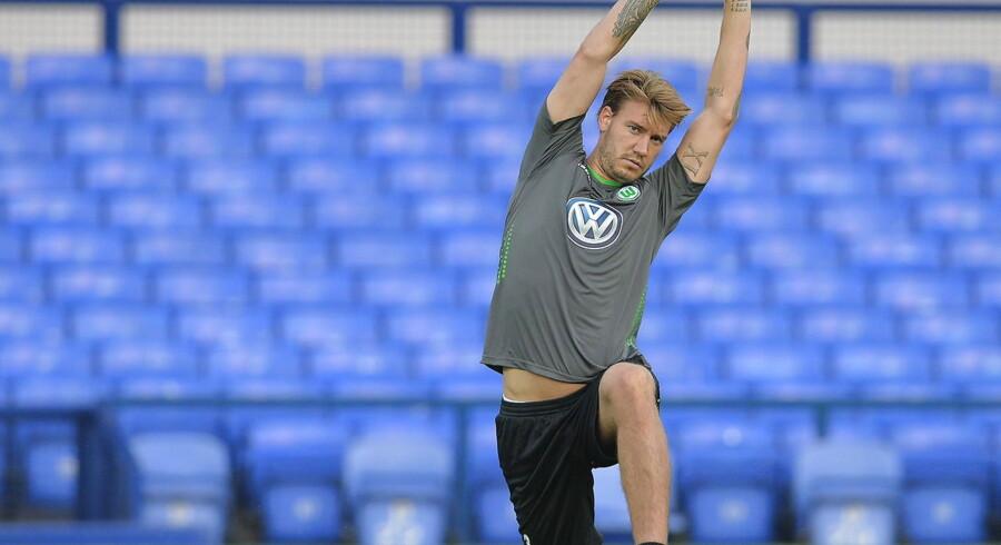 Nicklas Bendtner må stadig nøjes med at se på, når Wolfsburg spiller.