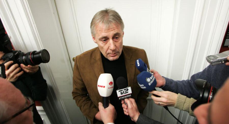 »Kun et par år efter den sidste store reform skal Skat igang med endnu en reform. Det er simpelthen elendig planlægning,« siger Socialdemokraternes gruppesekretær Henrik Dam Kristensen.