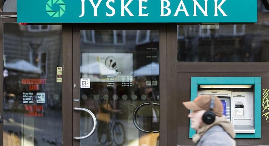Investorerne får ret - Jyske Bank har droppet anken i en af sagerne om erstatning efter den dårlige investering i Jyske Invest Hedge Markedsneutral Obligationer.