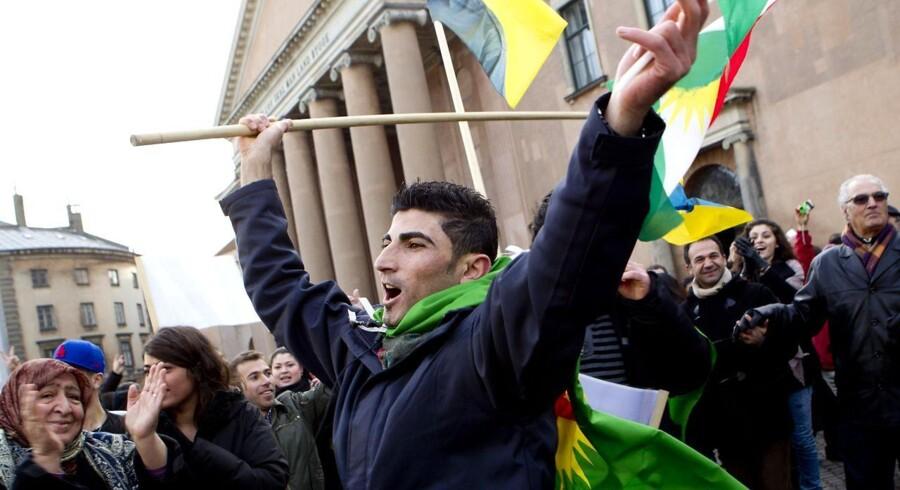 Demonstrationer foran byretten i København, som tirsdag afsagde dommen i straffesagen mod den kurdiske tv-station ROJ TV.