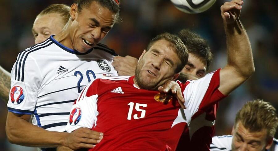 Danmark (hvide trøjer) måtte nøjes med 0-0 mod Armenien i EM-kvalifikationskampen mandag aften.