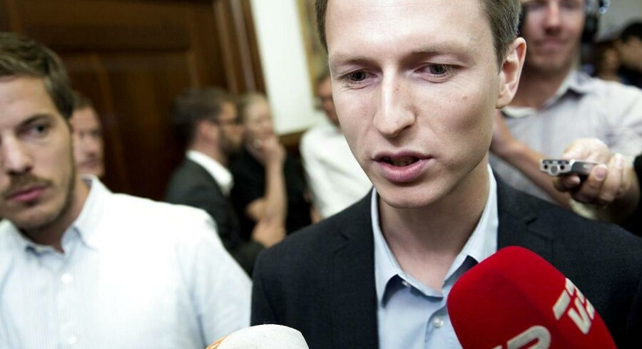 Socialdemokraternes finansordfører, Jesper Petersen, afviser timeout i sagen om salget af DONG.