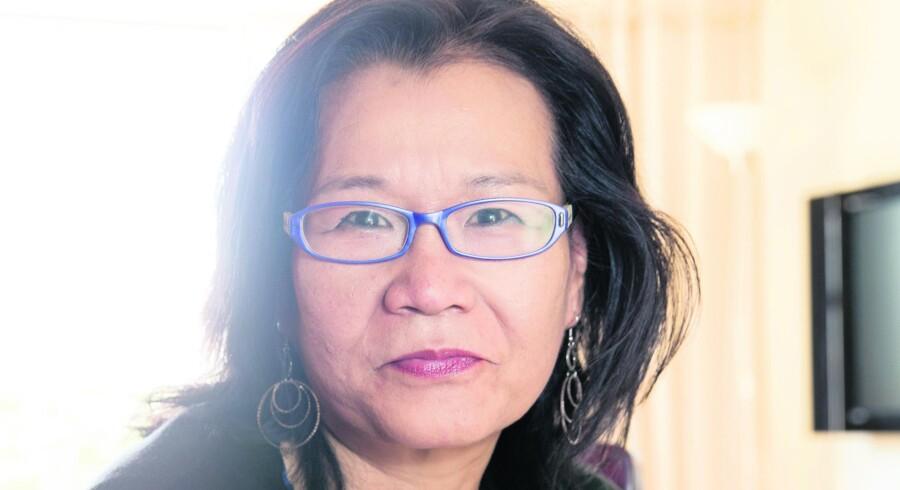 Heidi Wang er tigermor og følger nogle stramme opdragelsesprincipper, der stammer fra hendes egen opvækst i Kina. Hun mener, at danske forældre skal være bedre til at stille krav og have forventninger til deres børn. Foto: Jens Astrup