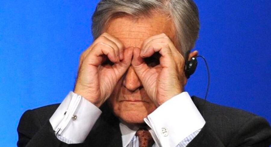 Når Danske Bank kigger i krystalkuglen, ser det ud til, at ECB-chef Jean-Claude Trichet sænker eurorenten torsdag.