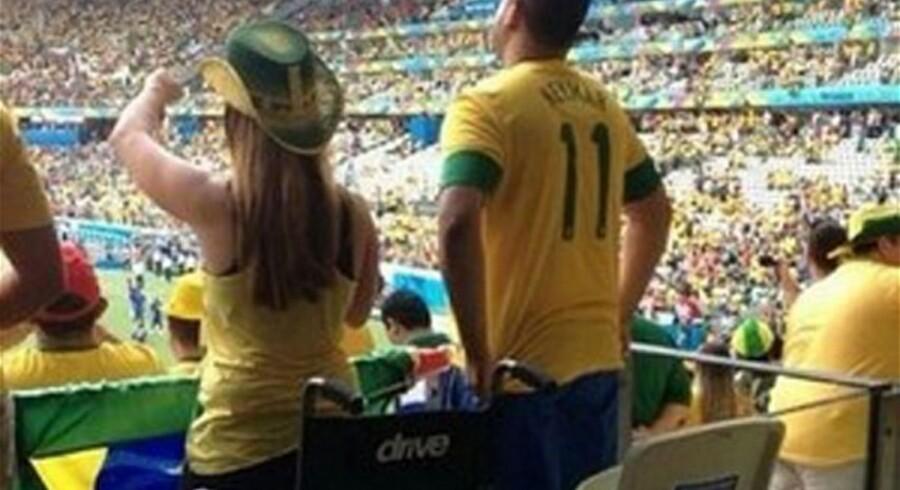 Billeder fra overvågningskameraerne på stadion viser klart og tydeligt, at bentøjet intet fejler.