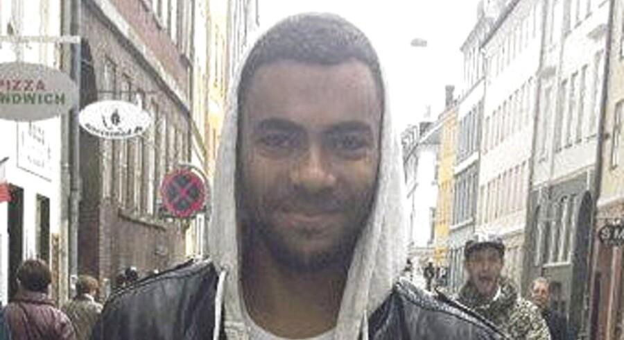Politiets hovedmistænkte i sagen om drabet på den 21-årige jurastuderende Jonas Thomsen Sekyere (foto) i Kødbyen i København i 2012 er ifølge Ekstra Bladet blevet anholdt i sit fødeland Somalia.