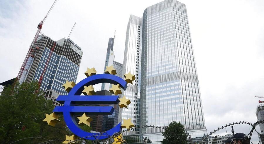 ECB arbejder allerede på mulige løsninger på kreditklemmen med Den Europæiske Investeringsbank, som er EUs instrument for langfristede lån.