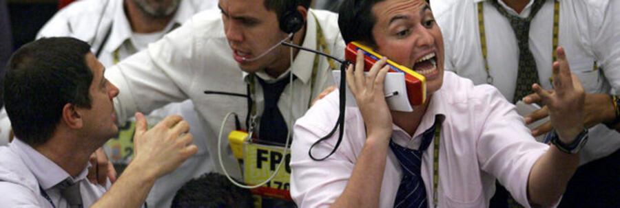 Børsmæglere i fuld sving på børsen i Sao Paulo, Brasilien.