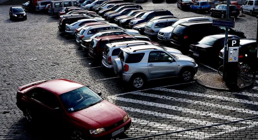 Parkeringen i København får et løft på 1.726 p-pladser. Men aftalen er spild af skattekroner, mener LA. Arkivfoto.