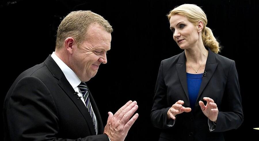 Statsministerkandidaterne Helle Thorning-Schmidt og statsminister Lars Løkke Rasmussen efter aftenens valgduel på DR1 søndag 11. september 2011.