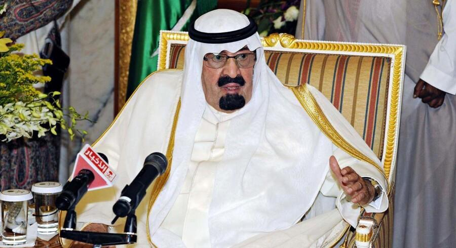 Den saudiske Kong Abdullah kritiserer Kina og Rusland for at blokere for en FN-resolution mod Syrien.