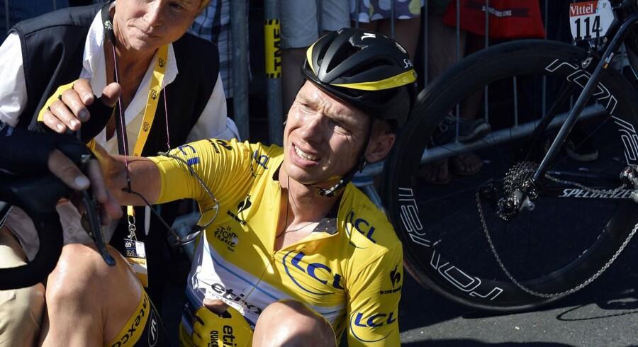 Tony Martin var hårdt ramt efter et styrt på 6. etape af Tour de France. Nu skulle han være nødt til at give op.