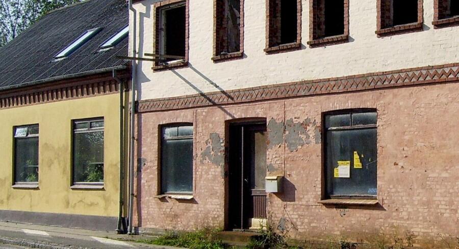 Faldefærdige butikker og tomme grunde er med til at trække Udkantsdanmark ned. Scanpix/Linda Kastrup/arkiv