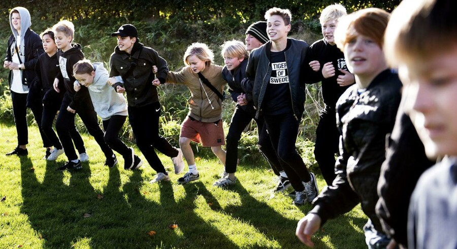 Danske skoleelever er de bedste i verden til at forstå hvordan et samfund hænger sammen, siger ny rapport.