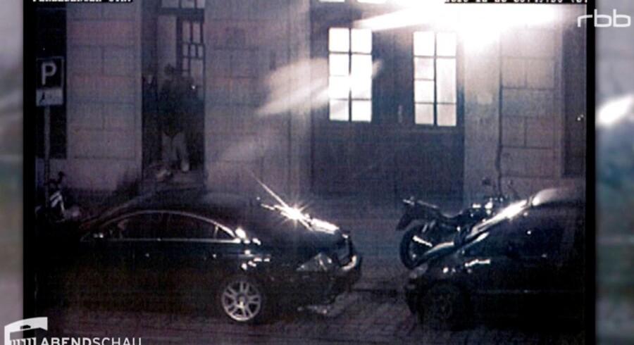 Kort før angrebet på julemarkedet filmede overvågningskameraet den tunesiske terrorist Anis Amri forlade den islamistiske moské Fussilet 33 i berlinerbydelen Moabit.