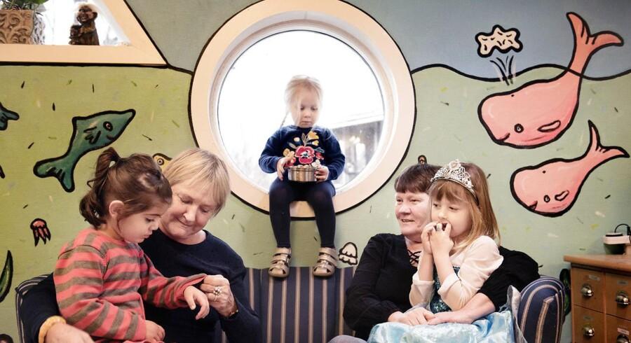 I Vognmandsparkens Børnehave i Roskilde måtte pædagogerne gribe ind overfor forældrenes legeaftaler og hjælpe dem.
