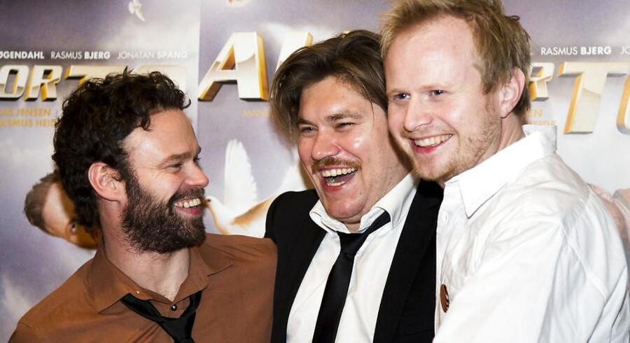 Det tredje kapitel i filmserien »Alle for...« med Mick Øgendal, Rasmus Bjerg og Jonathan Spang er blandt de få danske film, der sælgere mange billetter i de danske biografer.