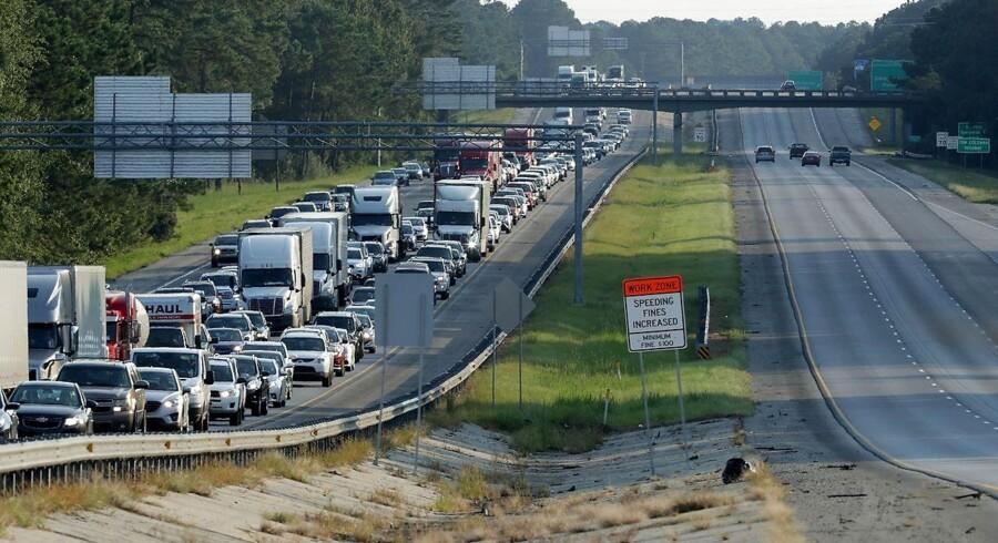 Trafikken går for øjeblikket kun én vej - ud af Florida. Getty Images/AFP