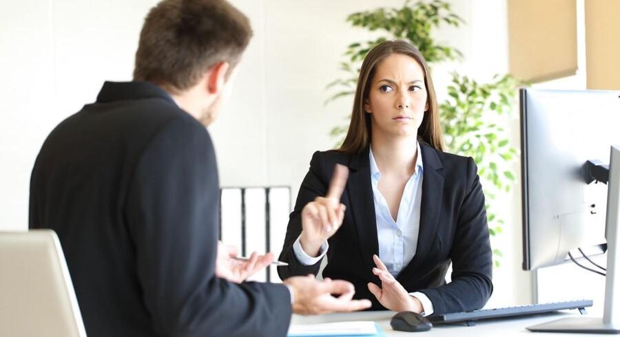 Op mod halvdelen af de adspurgte danskere i en større undersøgelse tror det er ulovligt at diskutere løn med deres kollegaer.