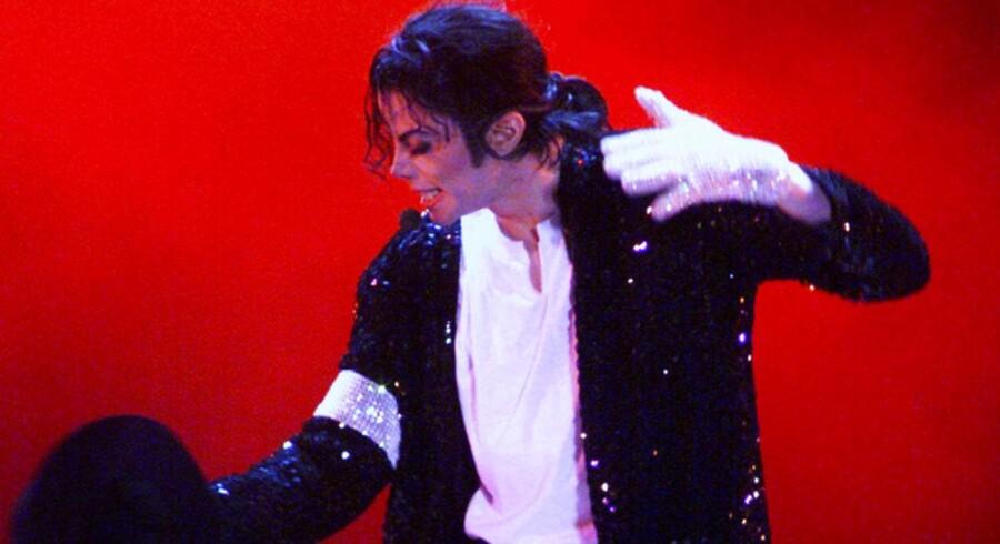 En popcornsspisende Michael Jackson er blandt de mest populære GIF's og bruges hyppigt, når en debat på Facebook er faretruende nær ved at eksplodere eller er kørt af sporet.