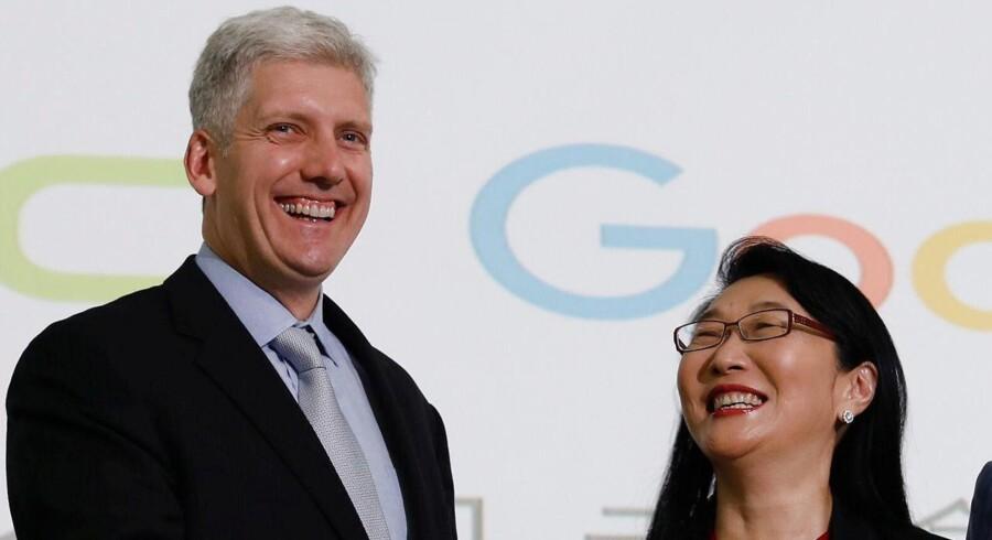Google-direktør Rick Osterloh og HTCs topchef Cher Wang
