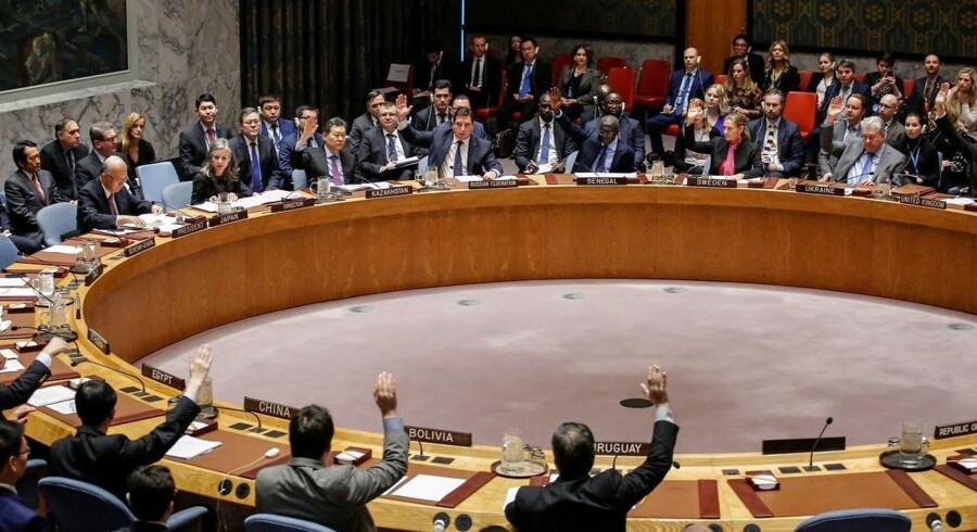 Sverige og Kuwait foreslår af afholde en afstemning i FN's Sikkerhedsråd, der skal sikre våbenhvile i Syrien.