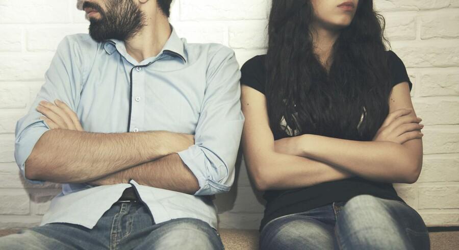 For samfundet kan skilsmisser være en fordel ved at øge beskæftigelsen for advokater, psykologer, ejendomsmæglere, banker osv.