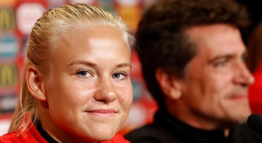 Der er stadig ikke kommet afklaring på, hvorvidt kvinderne skal spille landskamp fredag. REUTERS/Yves Herman