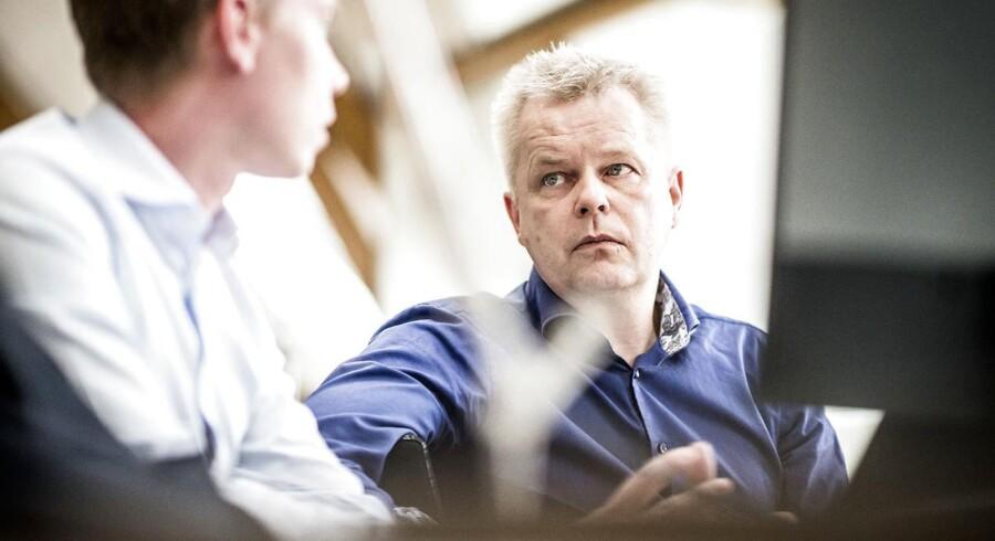 »Det er meget uheldigt, at det er blevet mere besværligt og tidskrævende at hente en kvalificeret udenlandsk medarbejder til virksomheden,« siger Poul Skadhede, der er formand for DI i Hovedstaden og adm. direktør i Valcon.