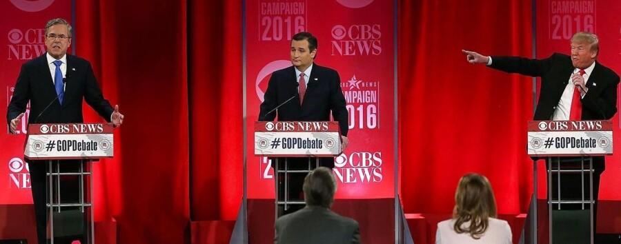 Jeb Bush (tv), Ted Cruz og Donald Trump (th) under debatten.