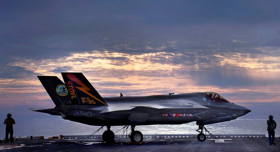 Både vælgere fra V, K og DF vil have tilført flere penge til forsvaret i forbindelse med indkøb af kampfly. ARKIVFOTO af Joint Strike Fighter F-35A.