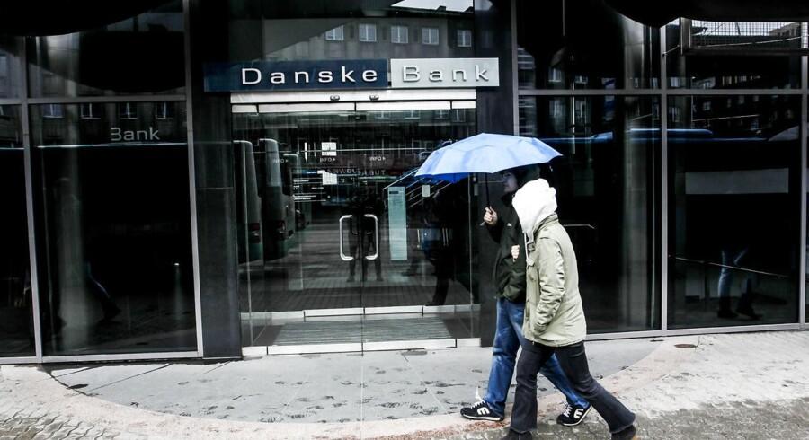 I denne Danske Bank-filial i Estland strømmede der gennem flere år milliarder af kroner fra regimet i Aserbajdsjan. Pengene endte blandt andet i lommen på europæiske politikere.