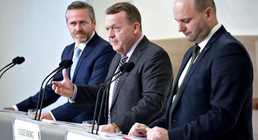 LA-leder Anders Samuelsen, statsminister Lars Løkke Rasmussen (V) og K-leder præsenterer deres fælles VLAK-regeringsgrundlag på Marienborg. Foto: Keld Navntoft/Scanpix 2016