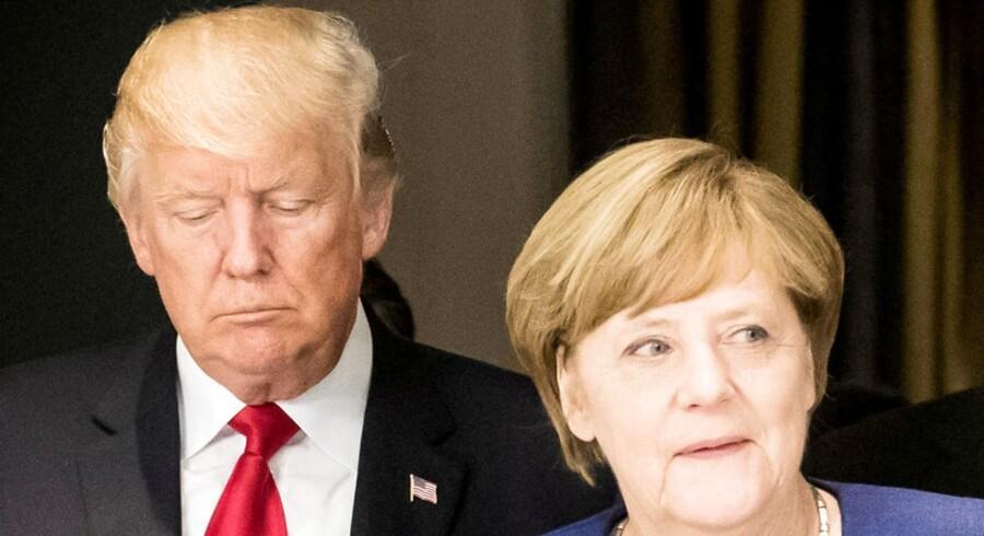 Efter indsættelsen af Donald Trump har Angela Merkel opfordret europæerne til at tage deres skæbne i egne hænder. Men spørgsmålet om Tysklands rolle i verden er stort set fraværende forud for søndagens valg.