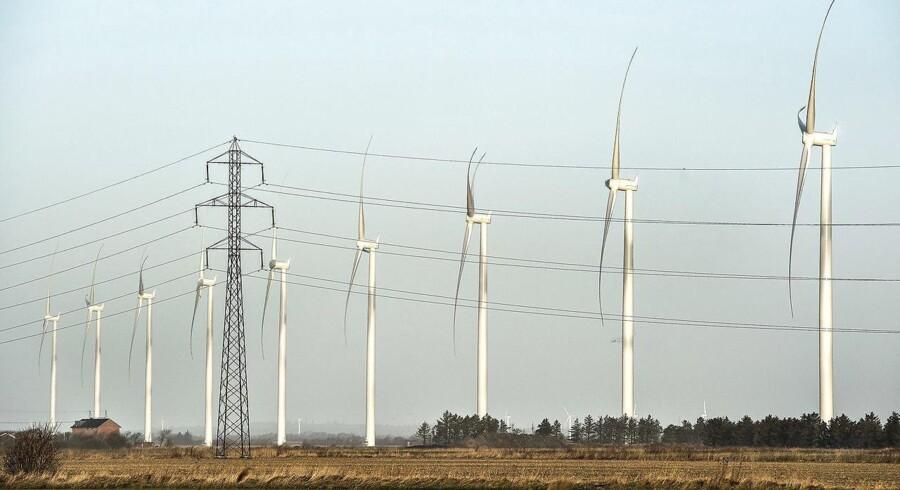 Arkivfoto: Planer om opstilling af nye vindmøller til lands starter ofte en tsunami af protester fra berørte naboer, der enten trækker planlægningen i langdrag eller får projektet helt skrinlagt.