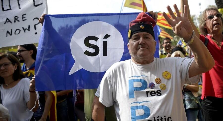 Anholdelser af højtstående catalonske politikere sætter spørgsmålstegn ved planlagt afstemning.